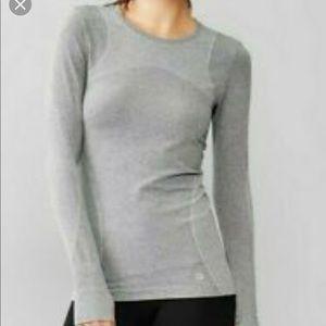 GAP Fit Long Sleeve Gray Top